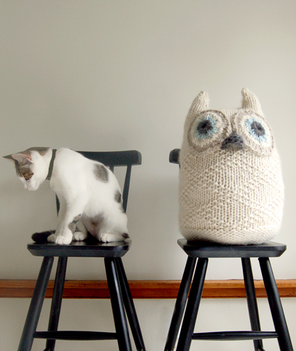 Snowy Owl Knitting Pattern : who who! the knit cafe