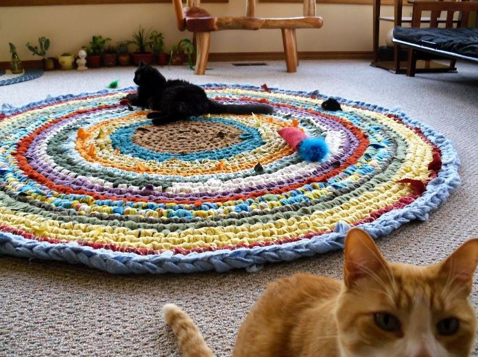 The Sunroom: Circular Crochet Rag Rug - Instructions