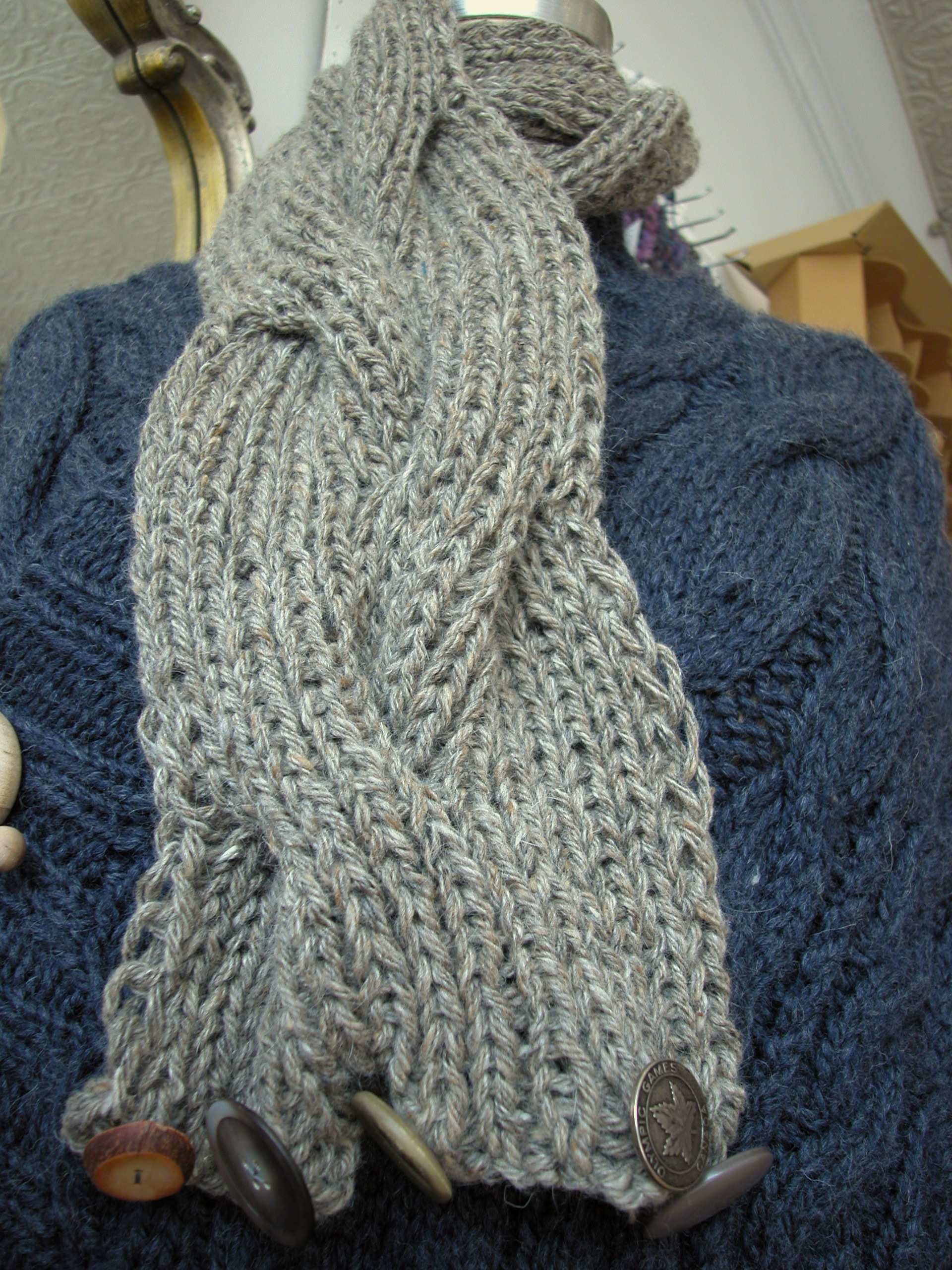 Cable Knit Scarves Patterns : reversible cable scarf pattern the knit cafe
