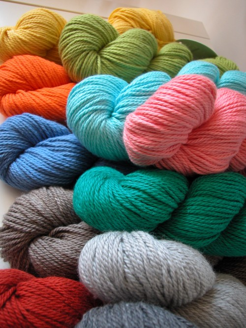 Knitting Coat Patterns : leaf blanket pattern the knit cafe