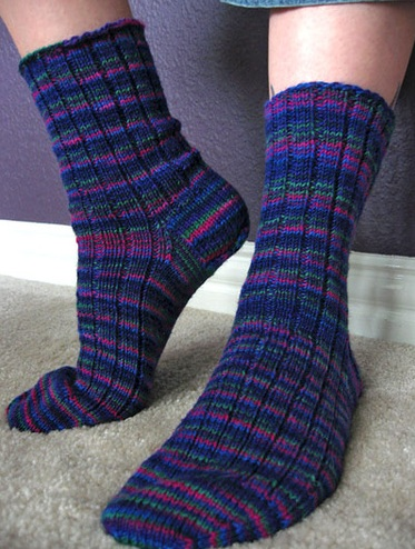 Knitting Pattern For Basic Socks : fingering weight knitting patterns the knit cafe