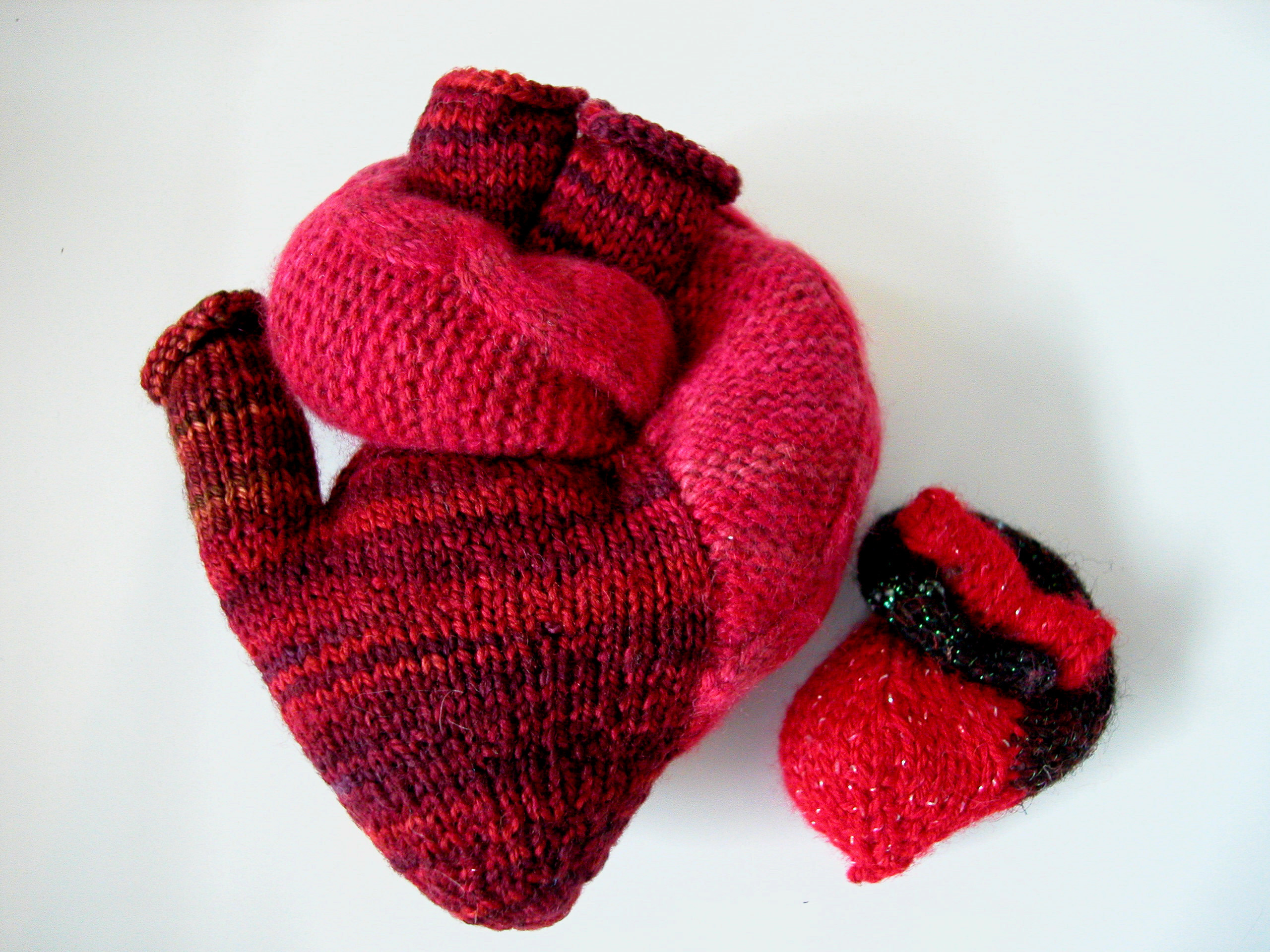 I heart hearts and groundhogs! | the knit cafe