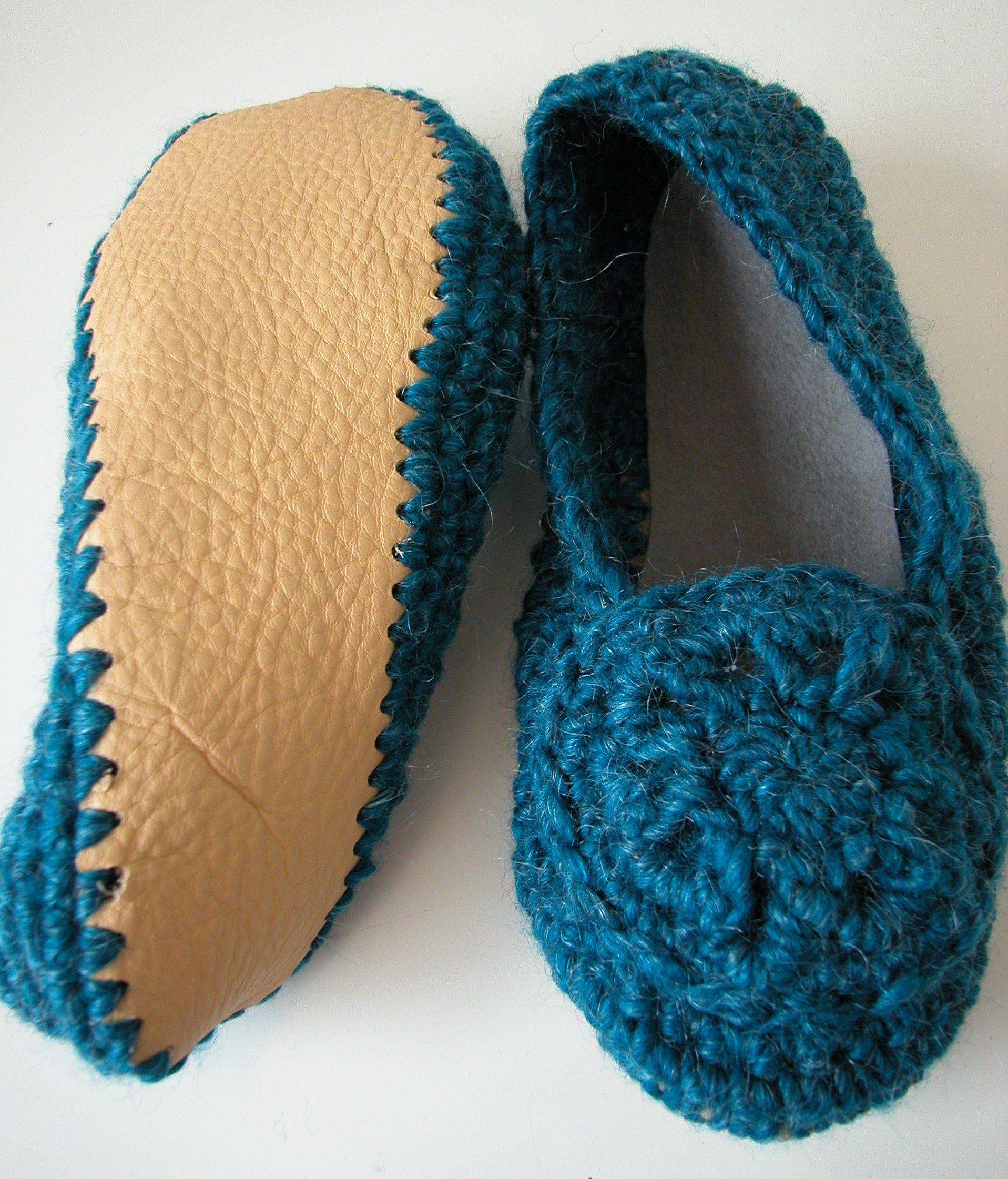 Knitting Pattern For Slippers With Soles : crochet slipper class the knit cafe