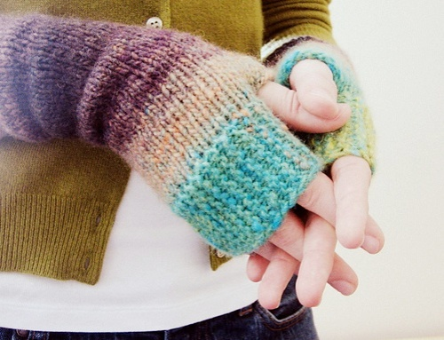 camp out fingerless mitts
