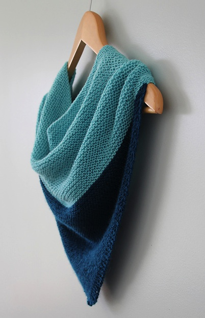 Knitting Patterns For Beginners Shawl : knitting patterns the knit cafe