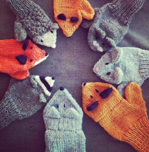Knitting Pattern For Toddler Mittens With Thumbs : 2 weeks till Christmas the knit cafe