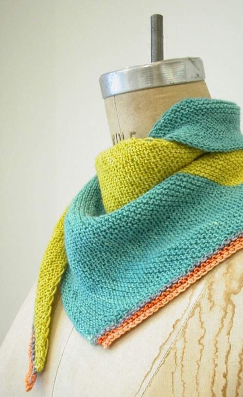 Knitting Pattern For Triangular Scarf : triangle scarf pattern the knit cafe