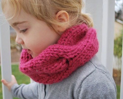 childrens quick knitted cable cowl