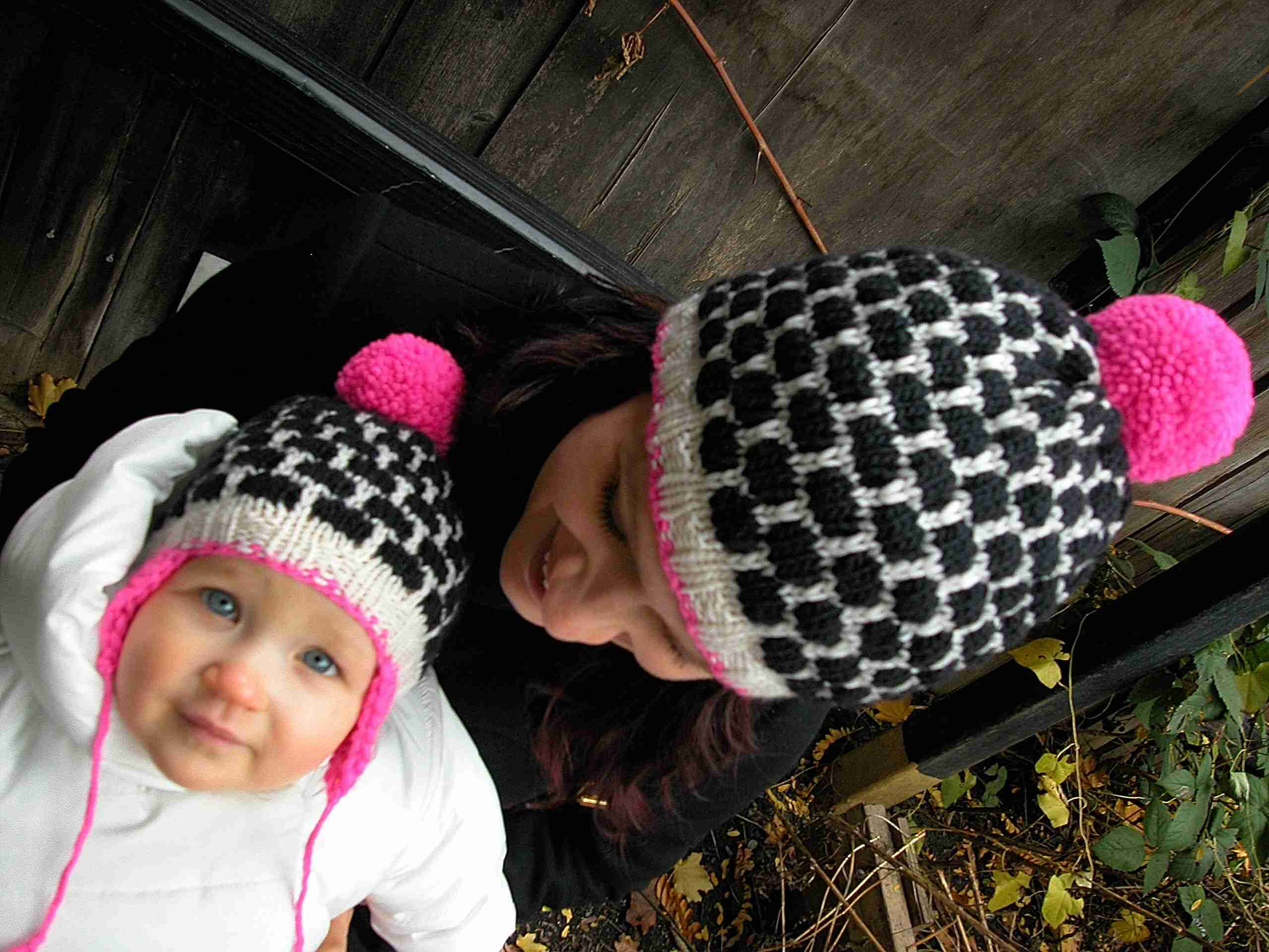 The Blackberry Hat Pattern is Here!  46d9bc2ce6f
