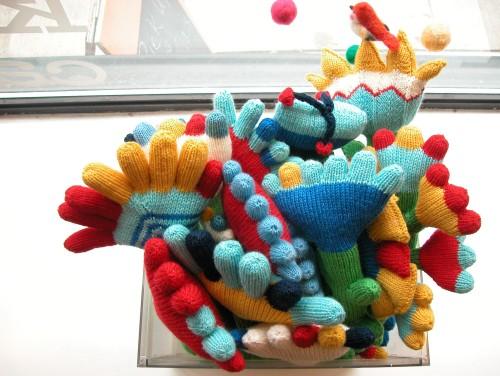 polish knit flowers
