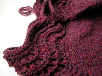 6ccb5b8dca5f96 Iwona has also just finished a pair of mittens for herself. She used The  Knit Cafe s Your First Mitten Pattern. She made her own yarn with a melange  of ...
