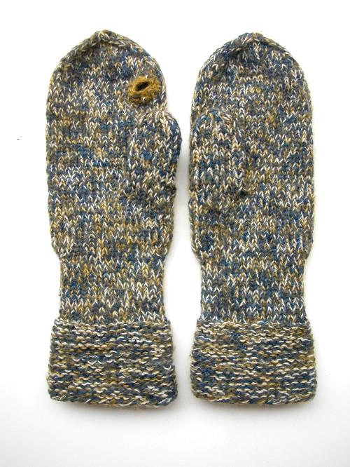 3e8294f63d9d0d your first mitten