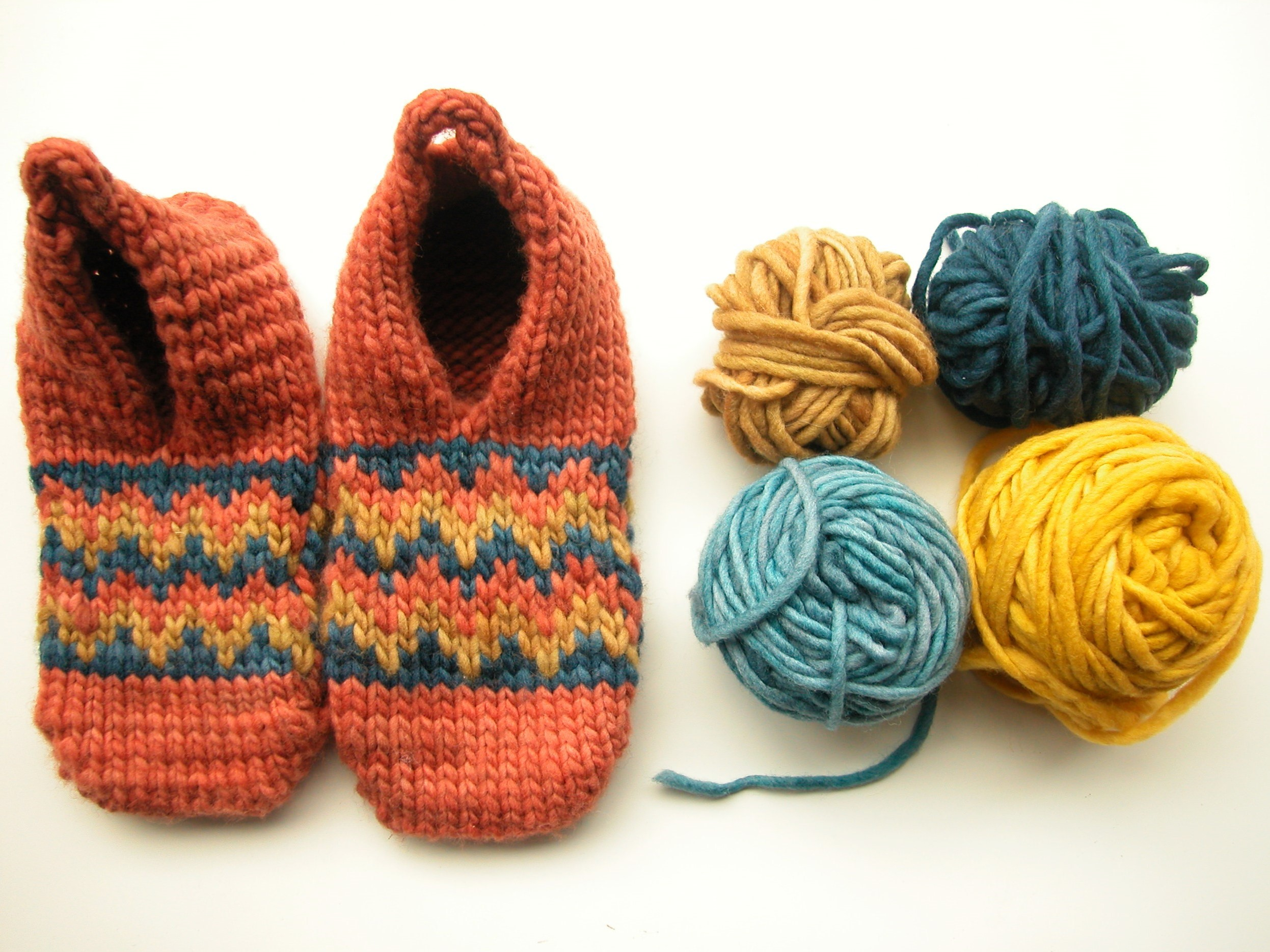 5e7e206f110 The slippers are knit with Julie Asselin Douillet. This is a super-sweet